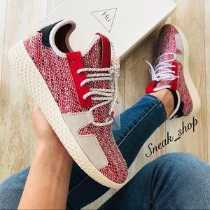 NWT Adidas Solar HU Tennis V2 Women's Shoes